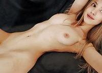 Perfect body webcam girl